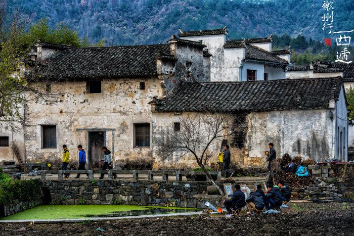 老街的建筑群不仅延袭了宋代风格,同时也继承了徽州民居的传统建筑