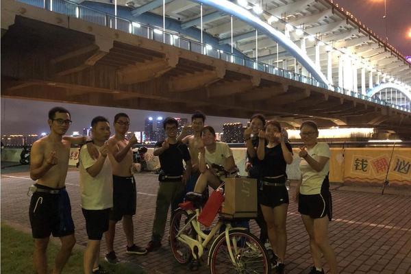 【每周二固定活动】钱塘江夜跑 长跑训练 城市阳台--复兴大桥四桥