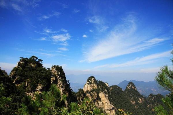 恋上大明山|| 大明山景区休闲徒步,坐超级滑滑梯,走悬空栈道
