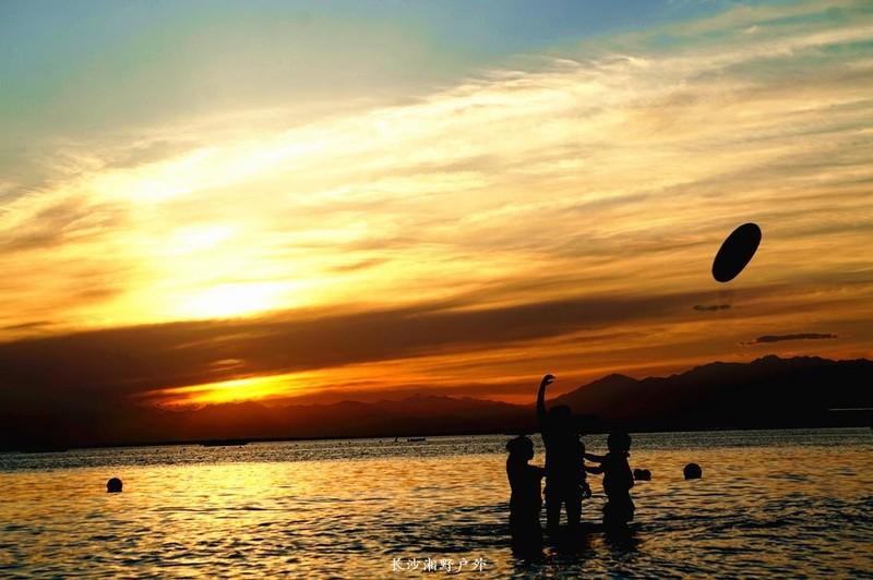 博斯腾湖金沙滩