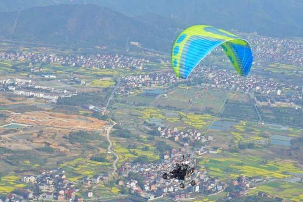 5.25尖叫指数爆表的动力滑翔伞,途印带你飞