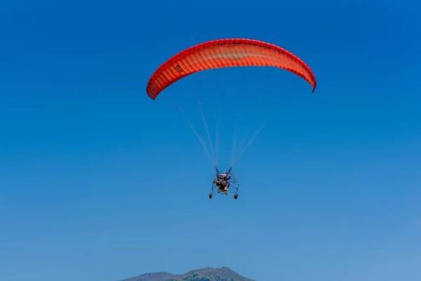 [五一特辑]5.4挑战高空动力伞,赠送真人cs+沙滩越野车!