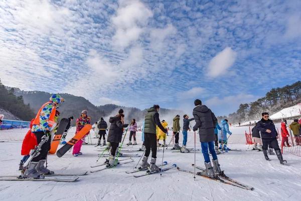 12.22 大明山滑雪
