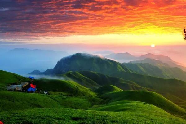【朝圣之旅】4.29~5.1 漫步武功山云海之巅,行走日出之上