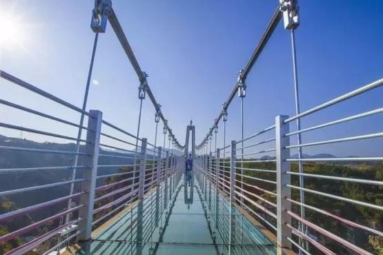 【都市悠客】耀武关户外营地一日探险,玻璃桥挑战