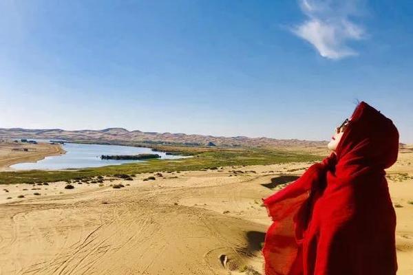 【品质游】腾格里沙漠轻徒步+越野车冲沙+宁夏品质游5天4晚