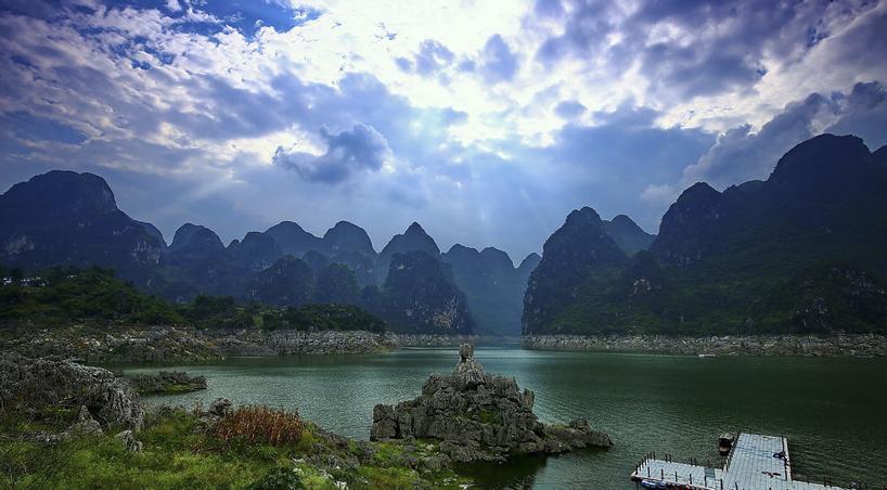 贵阳,万峰湖,马岭河,黄果树